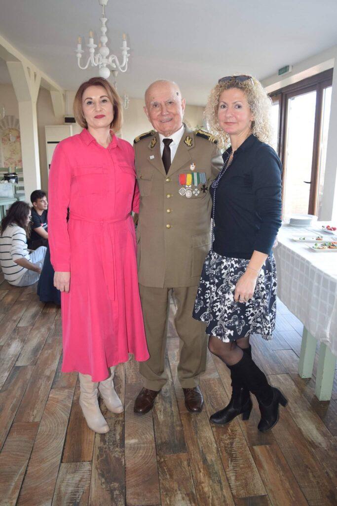 Foto: Alături de dl. col. Durnescu